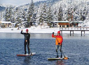winter paddle boarding lake tahoe